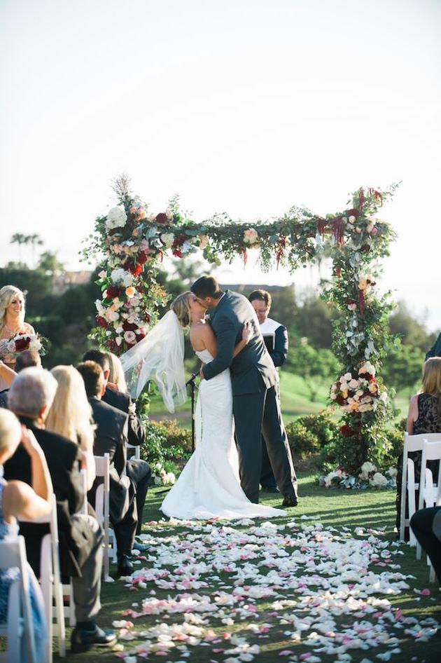 Rustic_Glam_Wedding_St_Regis_FlowersbyCina_7