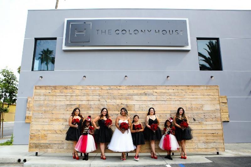 Circus_Wedding_FlowersbyCina_Colony_House_6-1