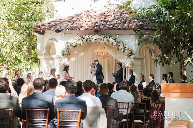 Blush_Wedding_RanchoLasLomas_FlowersbyCina_11