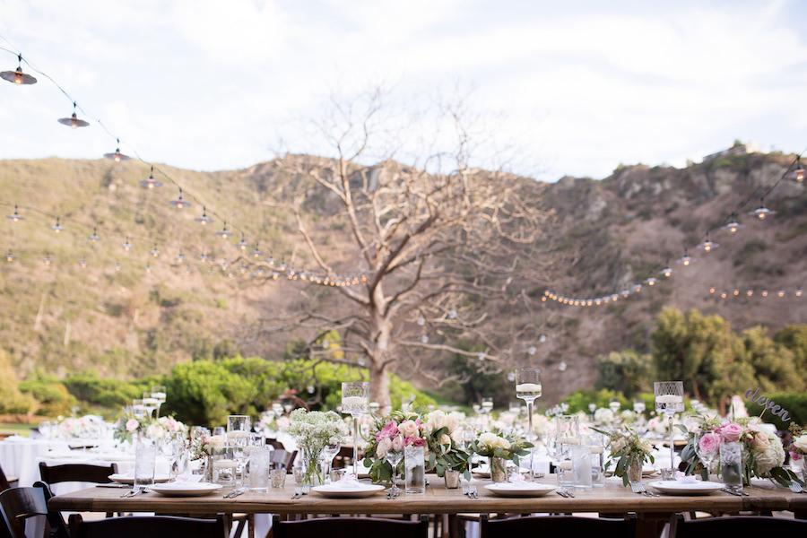 blush_lagunabeach_wedding_flowersbycina_4