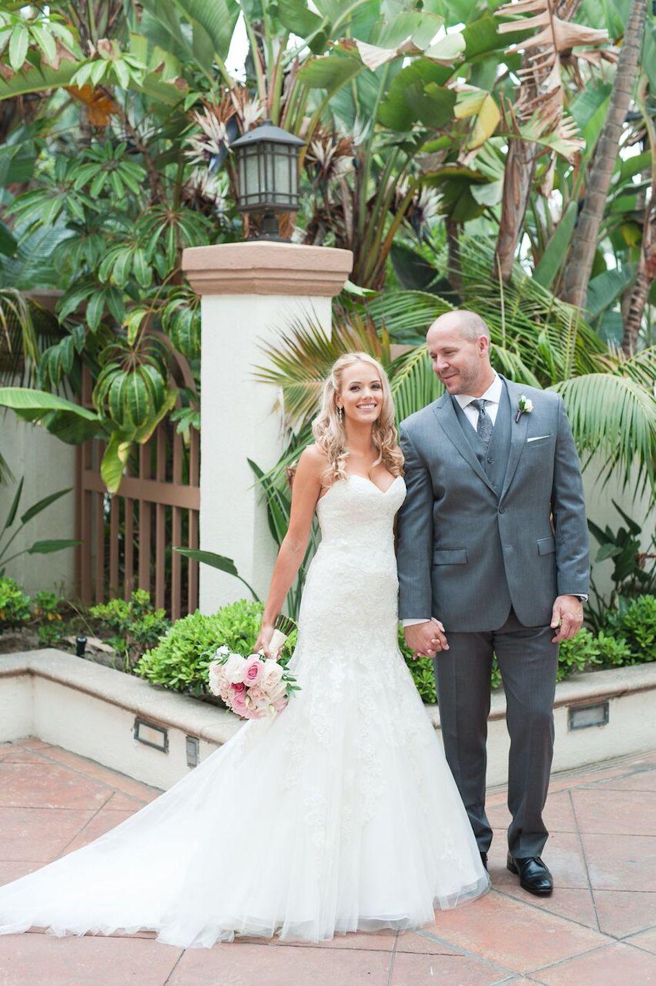 bride and groom, bouquet, romantic pink, wedding flowers, wedding