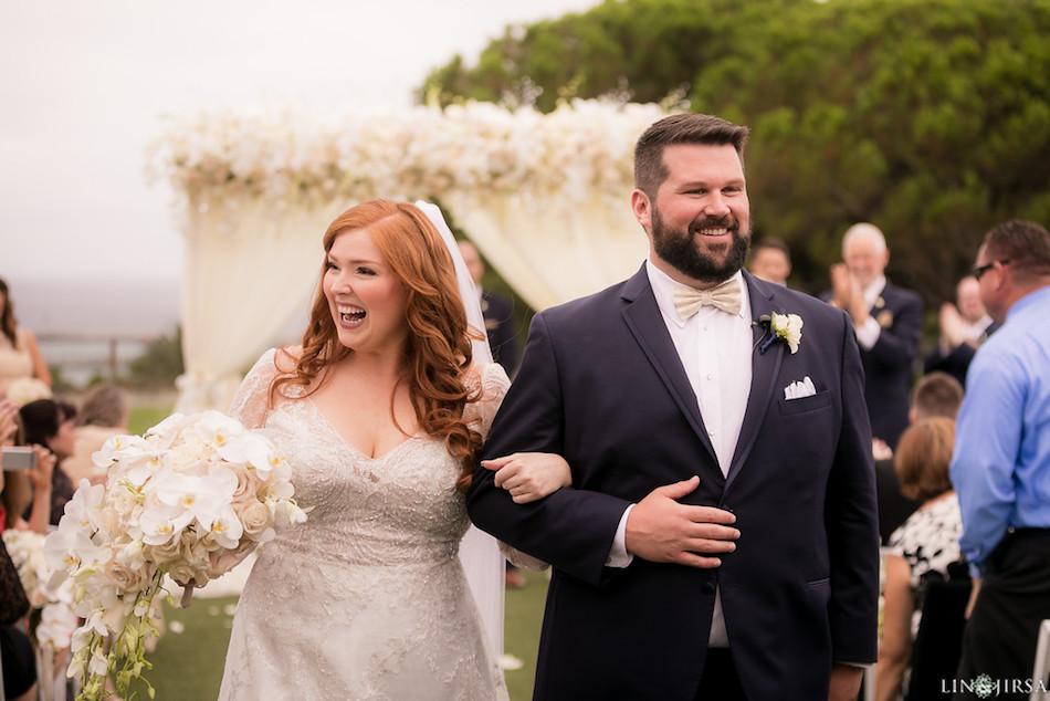 wedding, ceremony, flowers, bouquet, white wedding, enchanting laguna cliffs marriott, florist