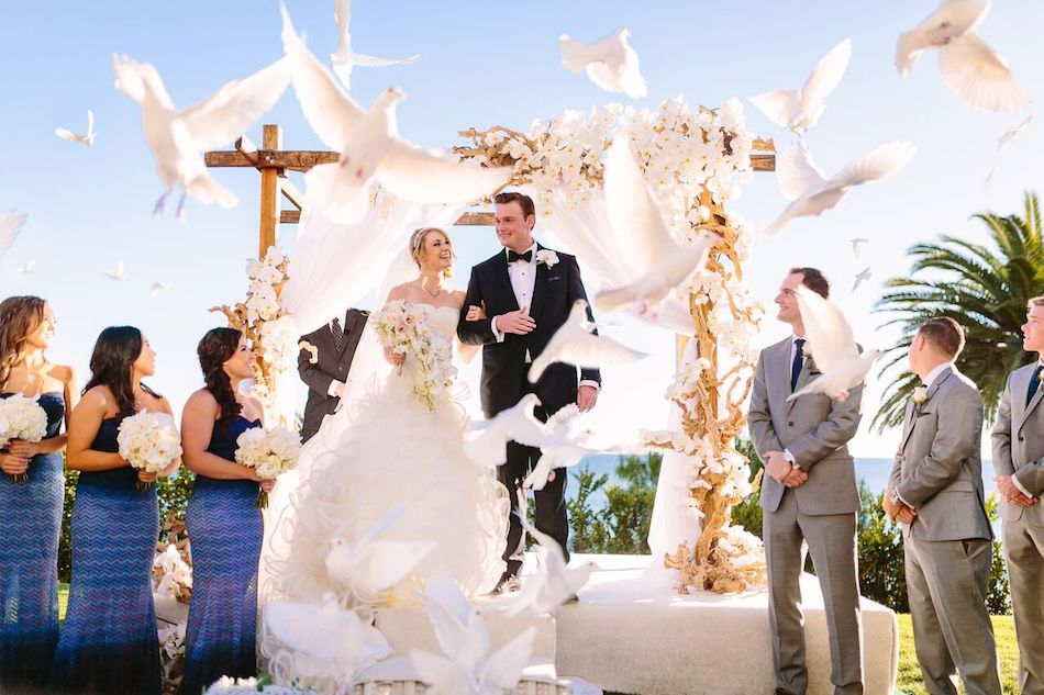 doves, dove release, wedding, all white wedding, orange county florist, bel air bay club, flowers by cina, wedding flowers