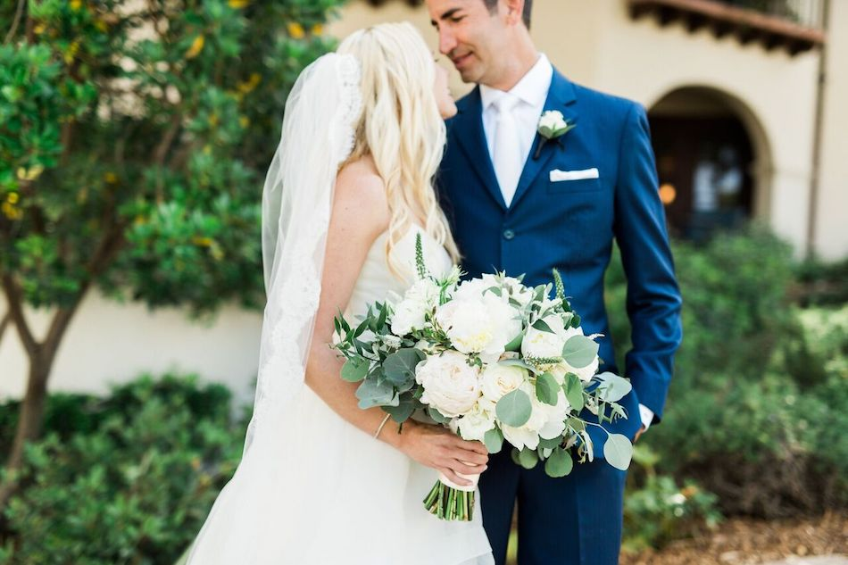 bride, groom, bouquet, navy and white, bacara resort, santa barbara wedding, orange county wedding, orange county florist, wedding florist, flowers by cina, wedding flowers, floral design, orange county floral design
