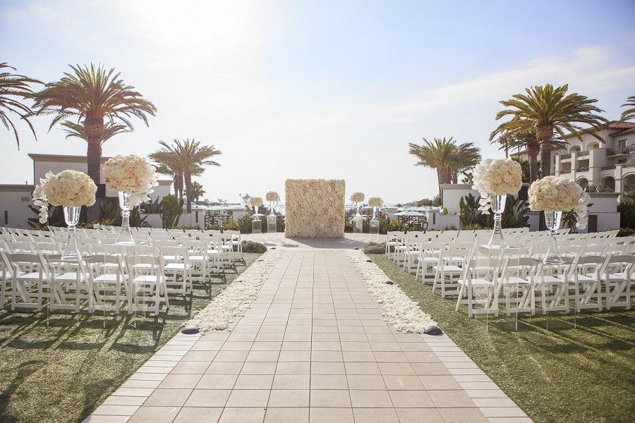 Monarch Beach Resort, ME Weddings & Events, Wedded Wonderland, Christine Bentley Photography, Flowers by Cina, blush wedding, ivory wedding