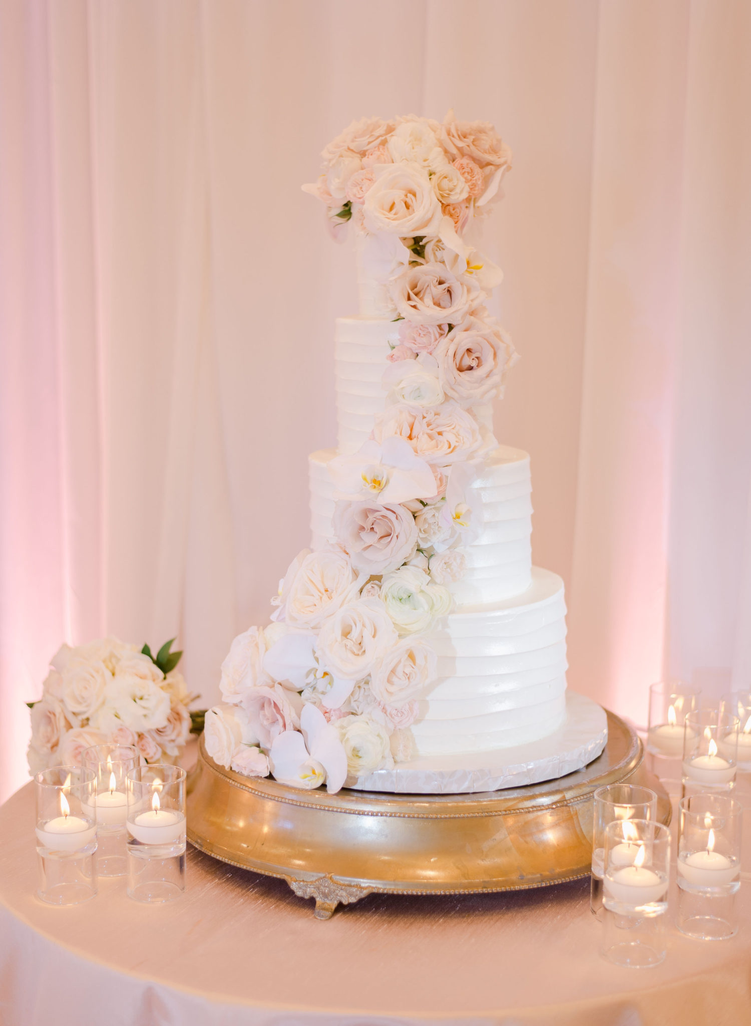 The Peninsula Beverly Hills, Events by Robin, McCune Photography, Fiske Film, Flowers By Cina, Vox DJ's, Lucky Devils Band, Julie Hiles Makeup, Val Kaye Muah, Vanilla Bake Shop, Chiavari Chair Rentals, Darla Marie Designs, Luxe Linen, Theoni Collection, Bella Ballroom