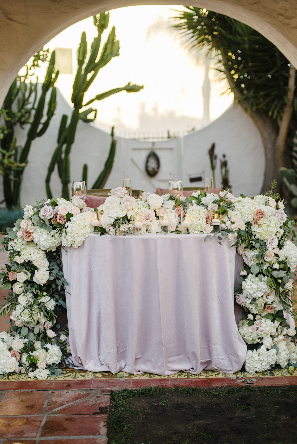 blush sweetheart table, blush wedding reception, floral filled sweetheart table, traditional pastel wedding, Flowers by Cina, orange county wedding florist, orange county weddings, floral design, orange county floral designer, floral designer