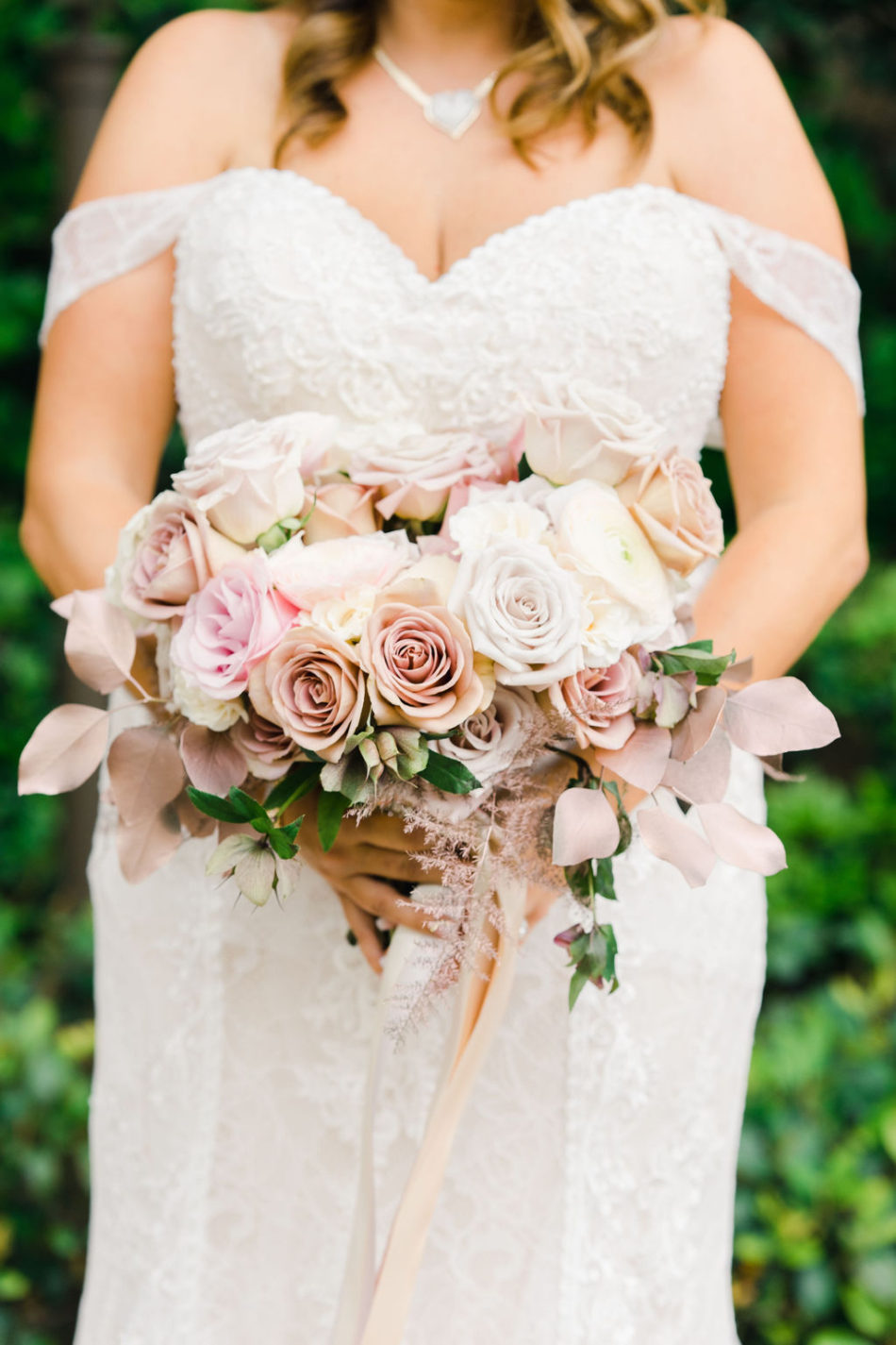 floral design, florist, wedding florist, wedding flowers, orange county weddings, orange county wedding florist, orange county florist, orange county floral design, flowers by cina, blush bridal bouquet, pastel bridal bouquet, pastel blooms