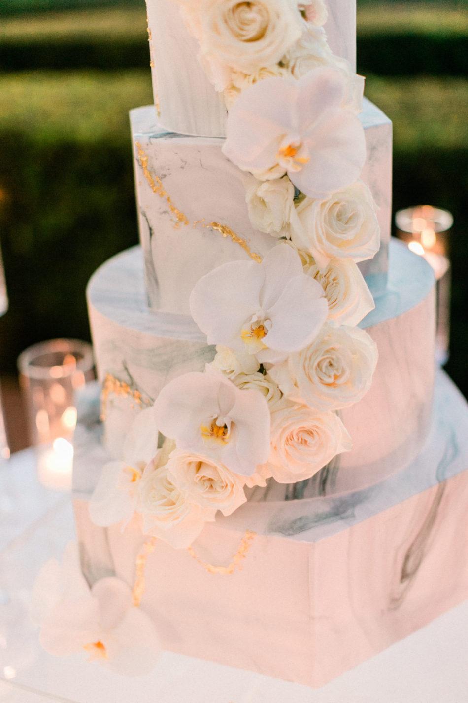wedding cake, marble cake design, modern cake, floral design, florist, wedding florist, wedding flowers, orange county weddings, orange county wedding florist, orange county florist, orange county floral design, flowers by cina