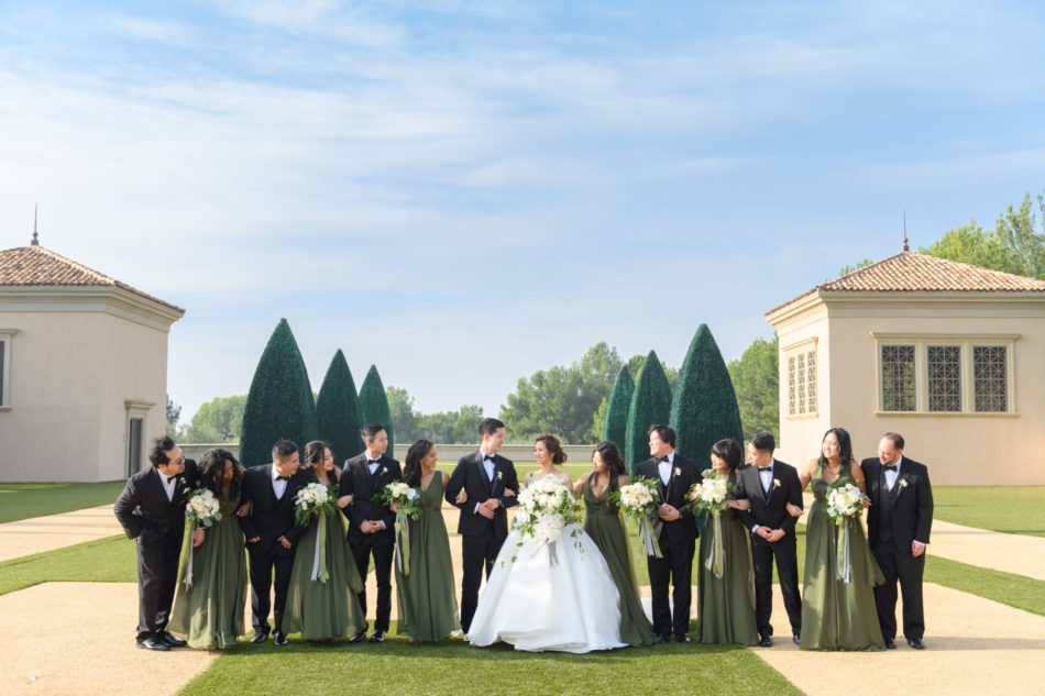 bridal party, green bridesmaid dresses, groomsmen, floral design, florist, wedding florist, wedding flowers, orange county weddings, orange county wedding florist, orange county florist, orange county floral design, flowers by cina