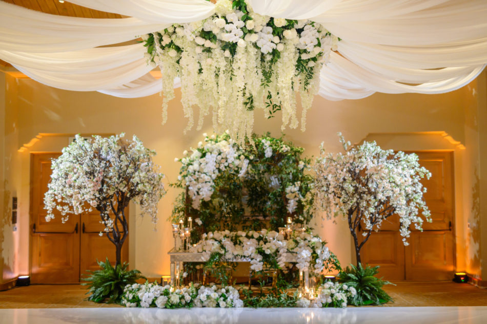 white florals, white floral decor, floral chandelier, floral design, florist, wedding florist, wedding flowers, orange county weddings, orange county wedding florist, orange county florist, orange county floral design, flowers by cina