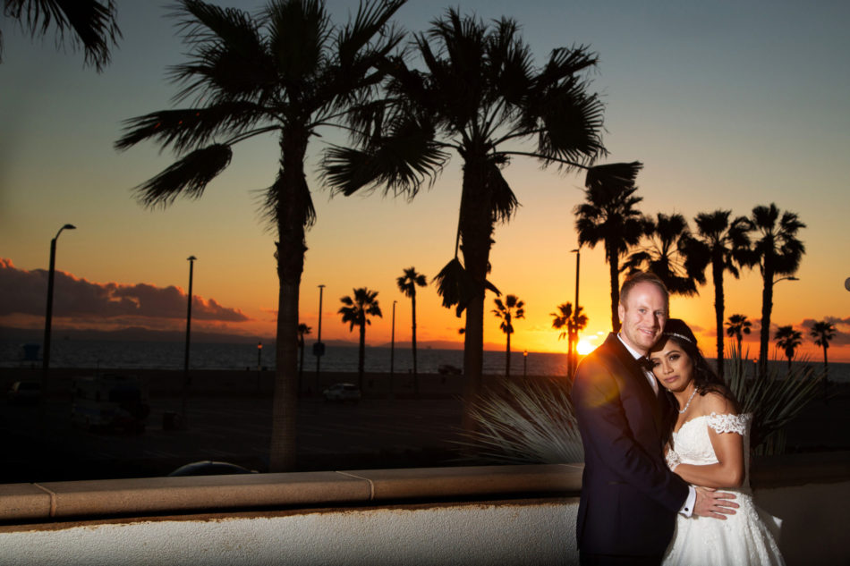 sunset wedding, bride and groom, sunset, floral design, florist, wedding florist, wedding flowers, orange county weddings, orange county wedding florist, orange county florist, orange county floral design, flowers by cina