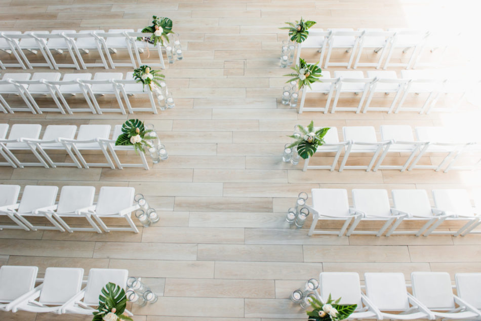 white ceremony setup, white ceremony, modern ceremony, floral design, florist, wedding florist, wedding flowers, orange county weddings, orange county wedding florist, orange county florist, orange county floral design, flowers by cina