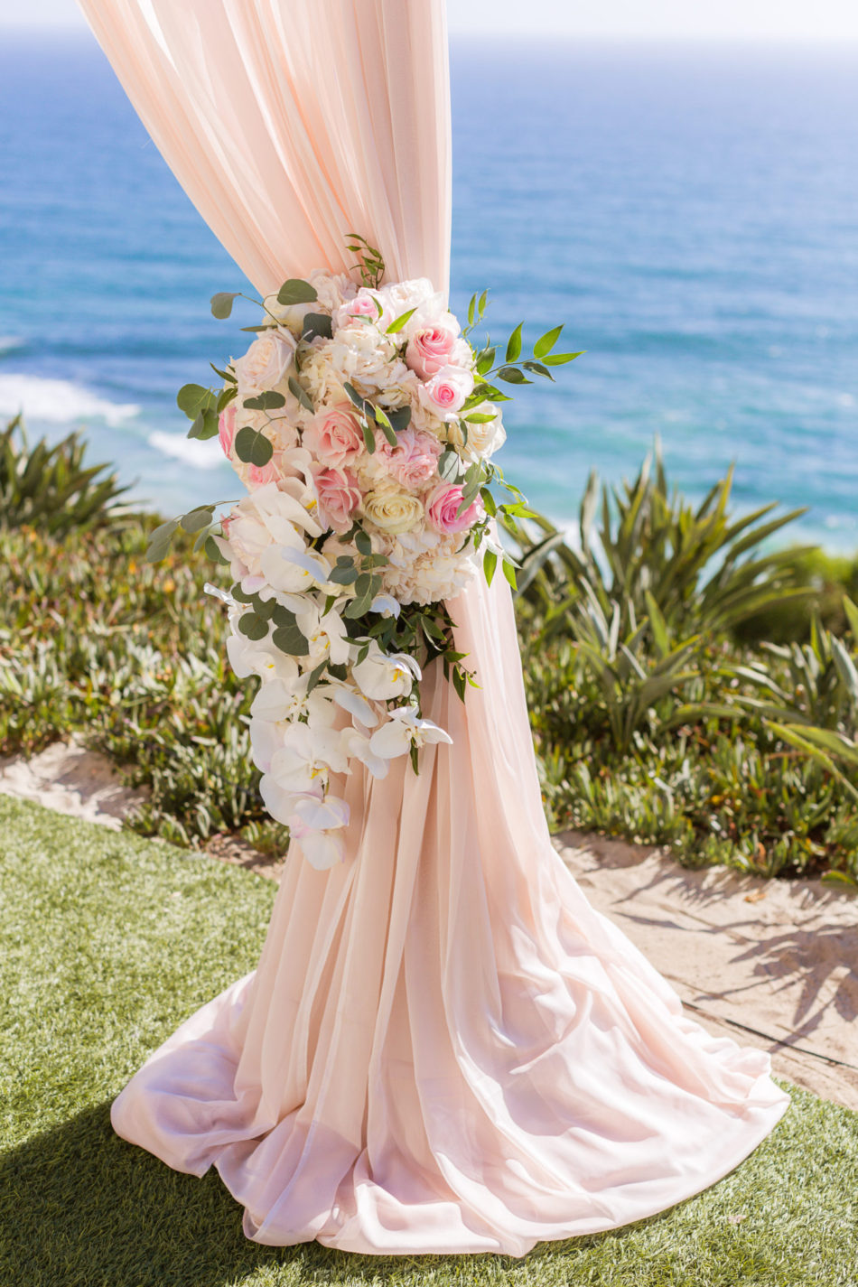 floral arch decor, pink arch decor, pink wedding florals, floral design, florist, wedding florist, wedding flowers, orange county weddings, orange county wedding florist, orange county florist, orange county floral design, flowers by cina