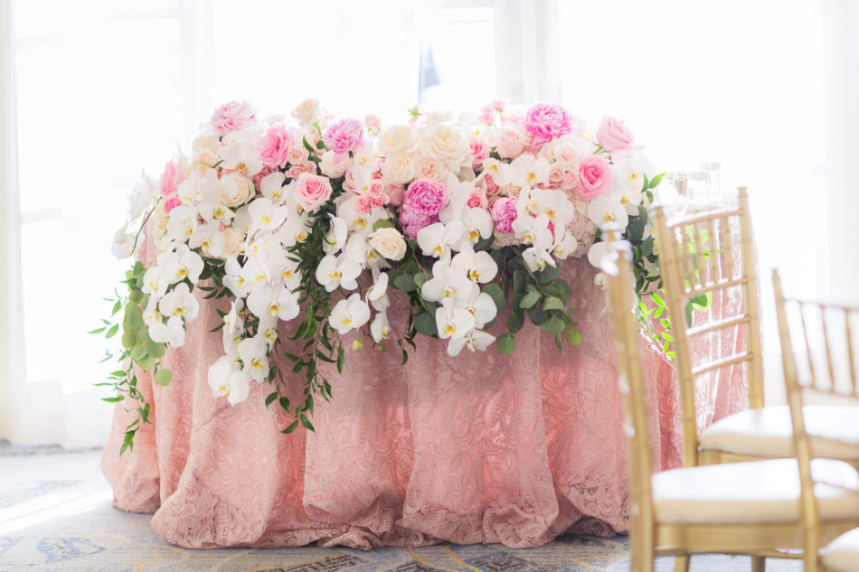 pink sweetheart table, pink floral decor, pink wedding decor, floral design, florist, wedding florist, wedding flowers, orange county weddings, orange county wedding florist, orange county florist, orange county floral design, flowers by cina