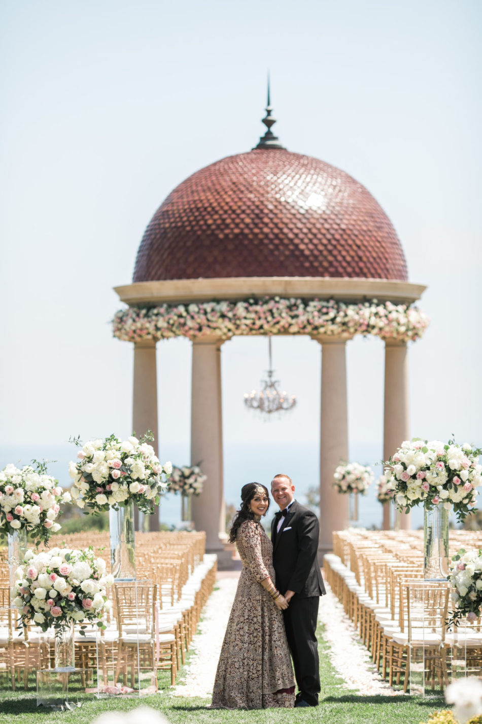 bride and groom, blush ceremony, blush ceremony setup, floral design, florist, wedding florist, wedding flowers, orange county weddings, orange county wedding florist, orange county florist, orange county floral design, flowers by cina