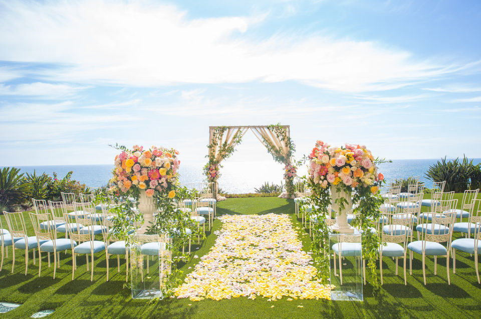 Romantic Oceanfront Wedding Featured on Inside Weddings