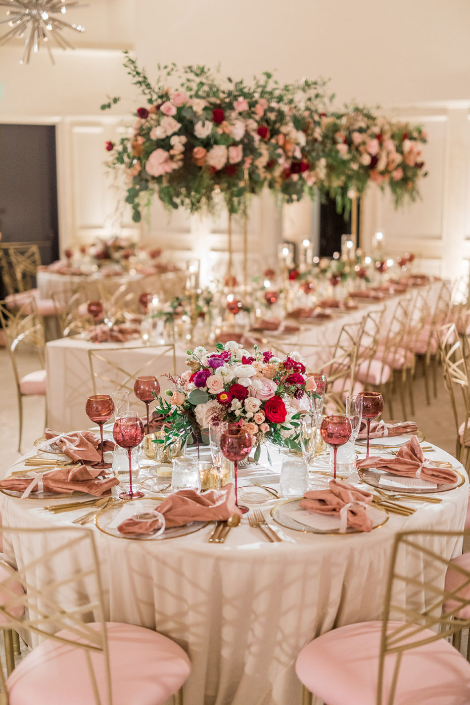colorful wedding decor, colorful wedding reception, red and pink blooms, floral design, florist, wedding florist, wedding flowers, orange county weddings, orange county wedding florist, orange county florist, orange county floral design, flowers by cina