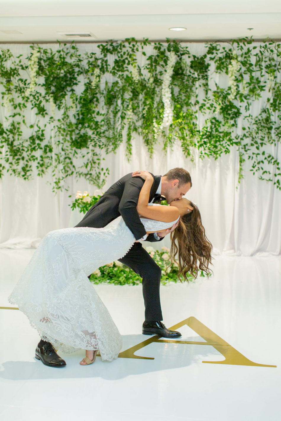 romantic waterfront wedding, bride and groom, first dance, floral design, florist, wedding florist, wedding flowers, orange county weddings, orange county wedding florist, orange county florist, orange county floral design, flowers by cina