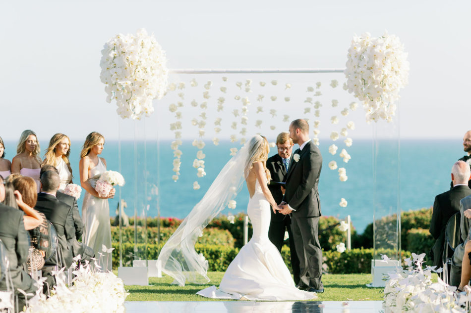 floral arch, oceanfront ceremony, lavish oceanfront wedding, floral design, florist, wedding florist, event florist, wedding flowers, event flowers, cabo san lucas weddings, cabo san lucas wedding florist, cabo san lucas florist, cabo san lucas floral design, cabo rentals, flowers and events