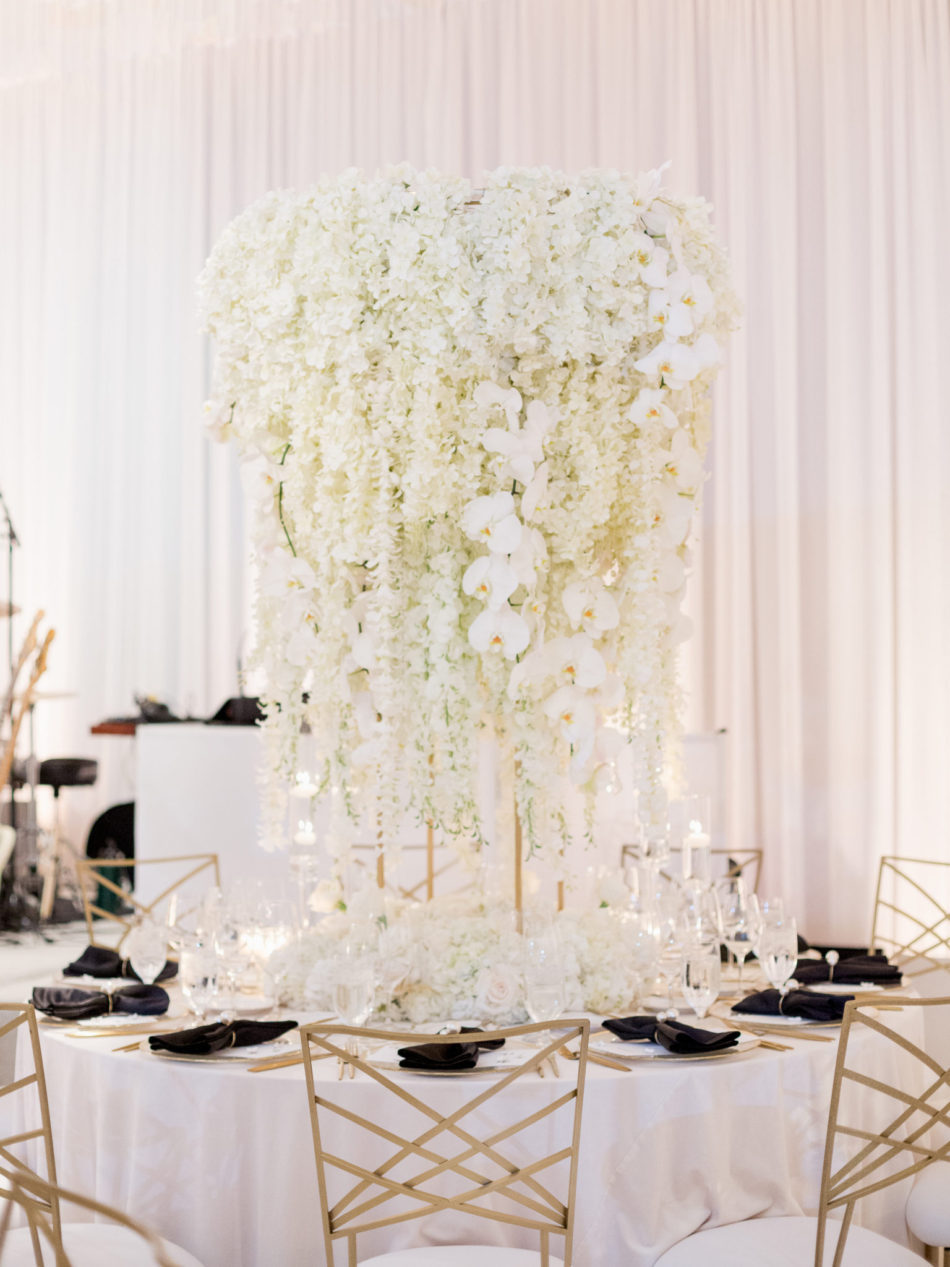 elevated centerpiece, white centerpiece, lavish oceanfront wedding, floral design, florist, wedding florist, event florist, wedding flowers, event flowers, cabo san lucas weddings, cabo san lucas wedding florist, cabo san lucas florist, cabo san lucas floral design, cabo rentals, flowers and events
