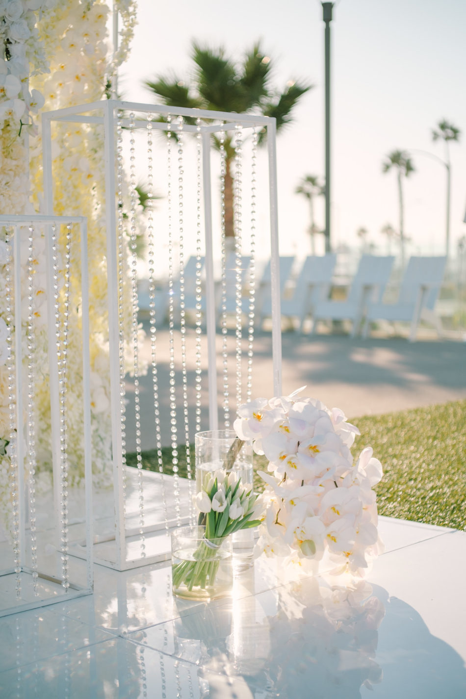 white ceremony florals, white wedding, white ceremony, magnificent all-white wedding, floral design, florist, wedding florist, wedding flowers, orange county weddings, orange county wedding florist, orange county florist, orange county floral design, flowers by cina