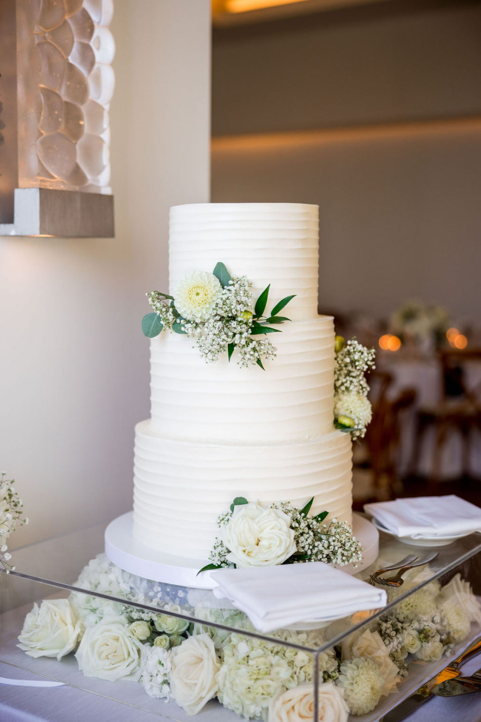 cake florals, white cake decor, ethereal white wedding, florist, wedding florist, wedding flowers, orange county weddings, orange county wedding florist, orange county florist, orange county floral design, flowers by cina