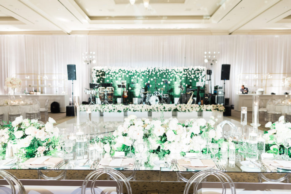 white reception blooms, white centerpieces, romantic all-white wedding, floral design, florist, wedding florist, wedding flowers, orange county weddings, orange county wedding florist, orange county florist, orange county floral design, flowers by cina