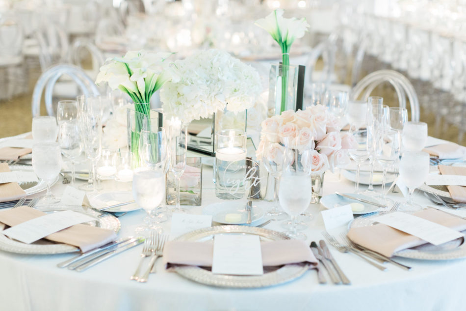 blush tablescape decor, white centerpiece, romantic all-white wedding, floral design, florist, wedding florist, wedding flowers, orange county weddings, orange county wedding florist, orange county florist, orange county floral design, flowers by cina