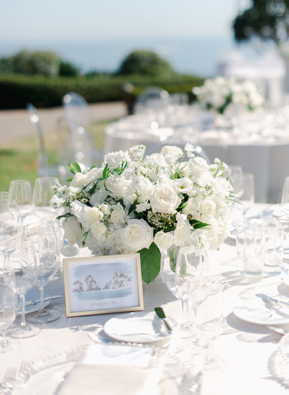 white reception blooms, white centerpiece, all-white reception, gorgeous oceanfront wedding, floral design, florist, wedding florist, wedding flowers, orange county weddings, orange county wedding florist, orange county florist, orange county floral design, flowers by cina
