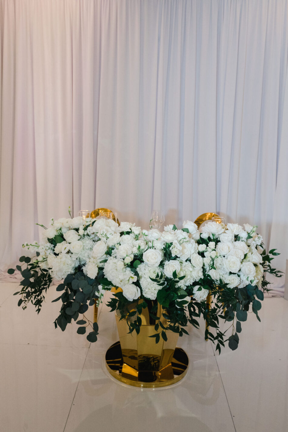 sweetheart table, floral-filled sweetheart table, gold wedding decor, ethereal oceanfront wedding, floral design, florist, wedding florist, wedding flowers, orange county weddings, orange county wedding florist, orange county florist, orange county floral design, flowers by cina