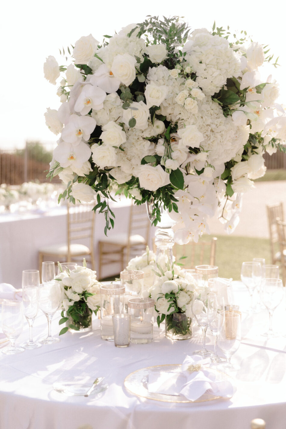 elevated centerpiece, white centepiece, beautiful floral-filled wedding, floral design, florist, wedding florist, wedding flowers, orange county weddings, orange county wedding florist, orange county florist, orange county floral design, flowers by cina